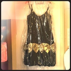 VTG 1980s Black Velvet Bubble Dress